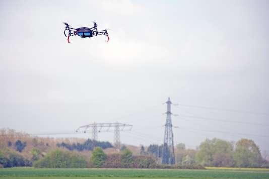 Le drone autonome Skytech (Azur Drohes)