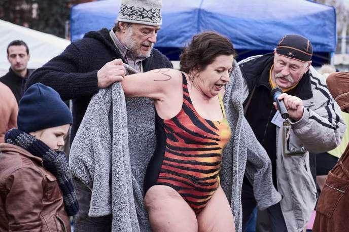 Zuzana Kronerova dans« Ice Mother» («Bába z ledu»), film tchèque de Bohdan Slama.