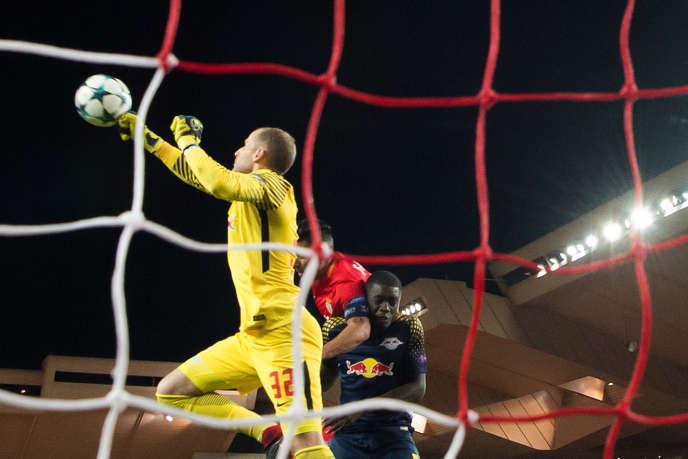 Le gardien de but de Leipzig, Peter Gulacsi, lors du match contre l'AS Monaco, le 21 novembre au stade Louis-II.