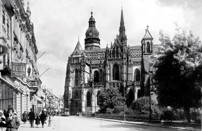 La cathédrale Sainte-Élisabeth, en 1939.