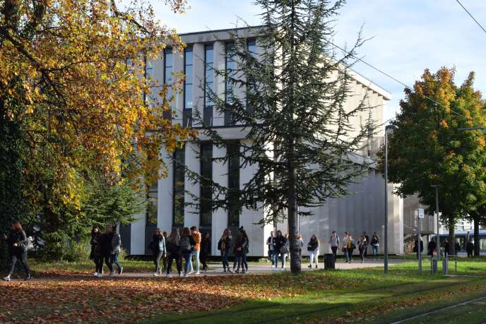 Sur le campus de l'université de Grenoble, en octobre 2017.