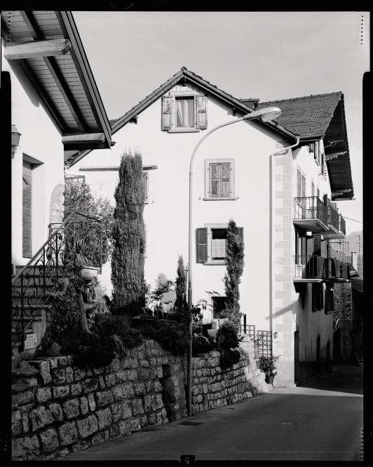 La maison familiale où vivaient les Dumoulin avec leurs septs enfants, dans le village de Chandolin, à Saviese, dans le Valais suisse.