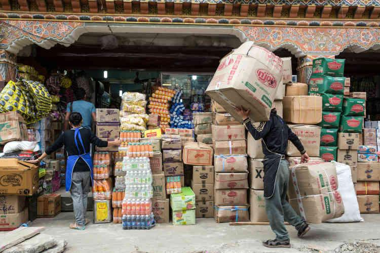 A Thimphou, ce marché est approvisionné massivement par des produits chinois.