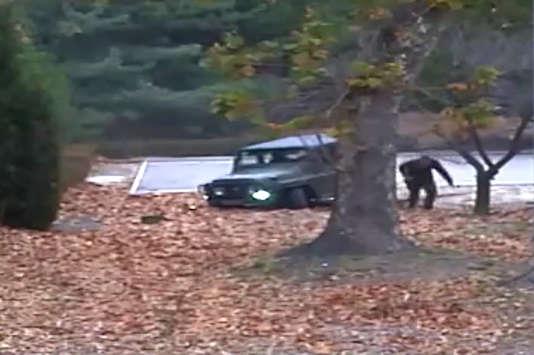 Les images de caméras de vidéosurveillance de la défection montrent l'intervention des soldats nord-coréens pour arrêter le transfuge.
