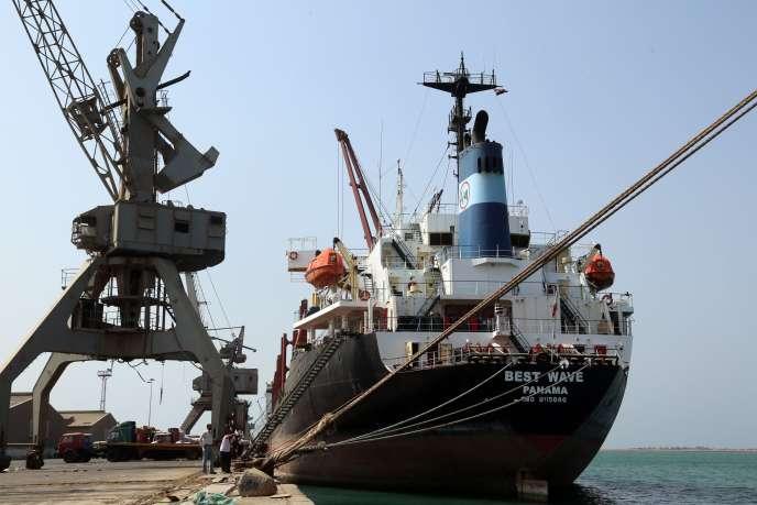 Pour l'ONG Save the Chlidren, la coalition doit aussi autoriser les importations commerciales pour enrayer le risque de famine.