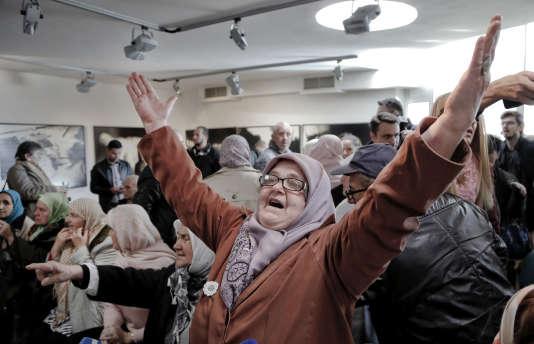 A l'annonce du verdict, à Srebrenica, le 22 novembre.