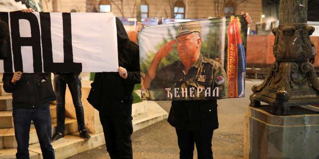 Mobilisation à Belgrade, en Serbie, le 22 novembre.