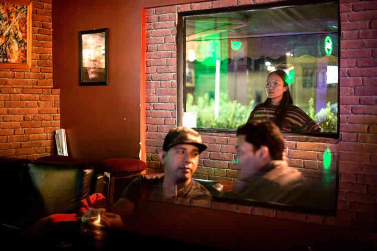 Un bar de nuit à Thimphou.