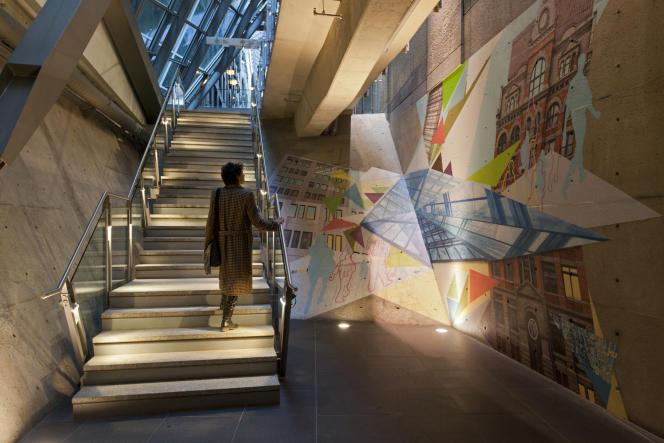 Le RÉSO et ses 32km de couloirs, imaginé par l'urbaniste Vincent Ponte, voit le jour en 1962, à Montréal, Ici en2016.