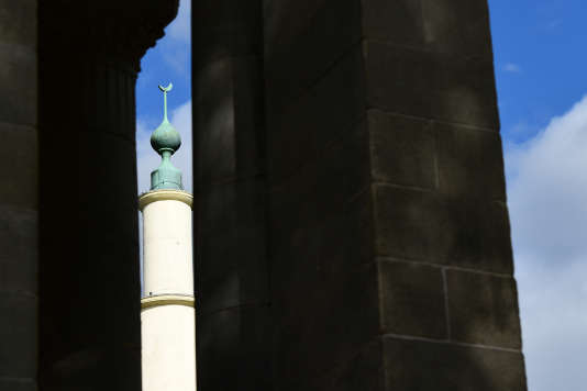 Le minaret de la Grande Mosquée de Bruxelles, le 3 octobre.