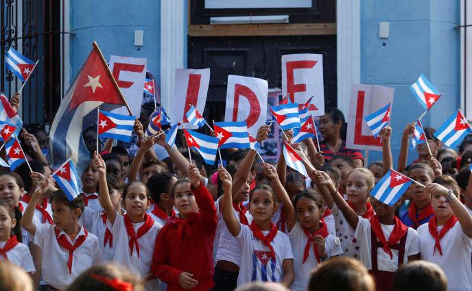Commémoration dans une école de la Havane.