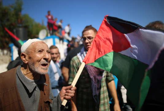 Manifestation à Gaza le 2 novembre, à l'occasion du centième anniversaire de la déclaration Balfour considérée comme l'une des étapes de la création d'Israël.