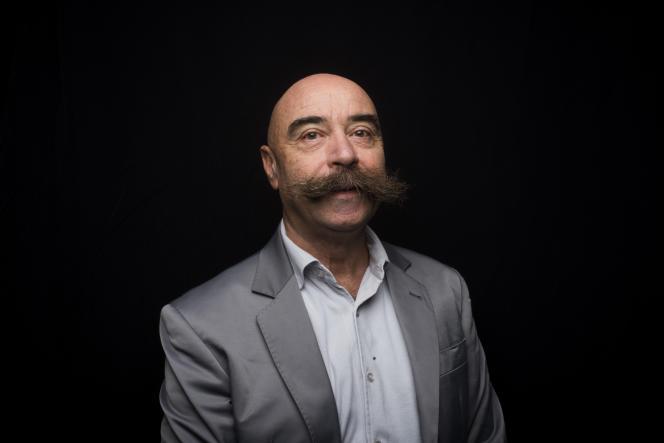 Le sociologue Jean-Claude Kaufmann est spécialiste des relations entre femmes et hommes au sein du couple.