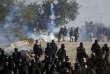 Affrontement entre la police et les manifestants islamistes samedi 25 novembre à Islamabad.