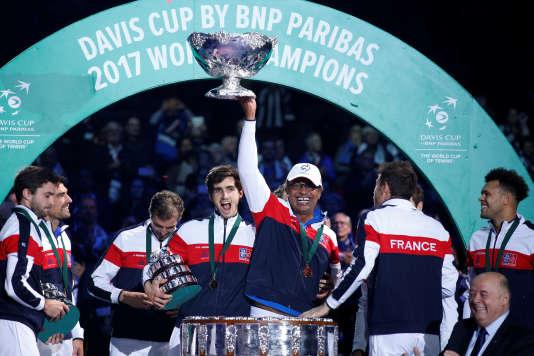 La France a remporté la Coupe Davis face à la Belgique, dimanche 26 novembre, à Lille.