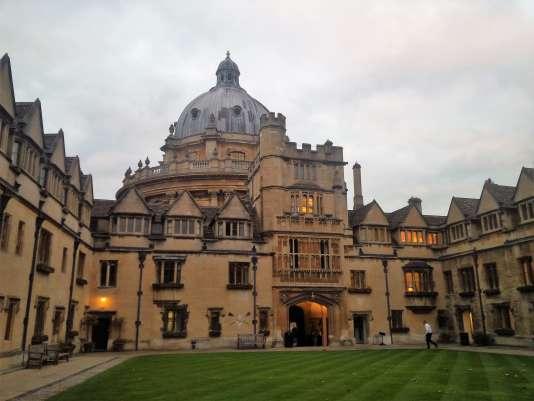 Vue d'un des colleges de l'Université d'Oxford.