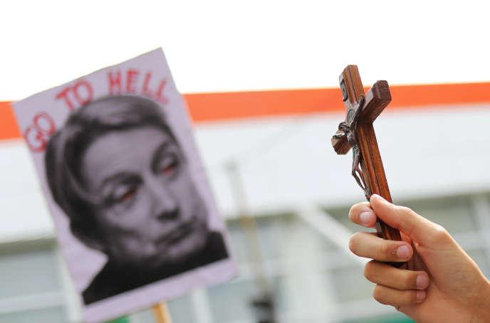 Manifestation contre la venue de la philosophe Judith Butler à Sao Paulo (Brésil), le 7 novembre.