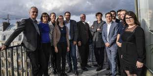 Emmanuel Hoog, Jérôme Fenoglio, Michèle Léridon, Serge Barbet et les administrateurs d'Entre les lignes, en septembre 2017, lors de la première assemblée générale de l'association au siège de l'AFP.
