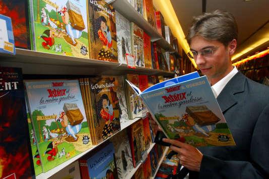 Dans une librairie parisienne, en 2003.