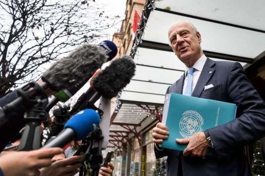 L'émissaire de l'ONU, Staffan De Mistura, à Genève, le 28 novembre 2017, à l'occasion des négociations intersyriennes.