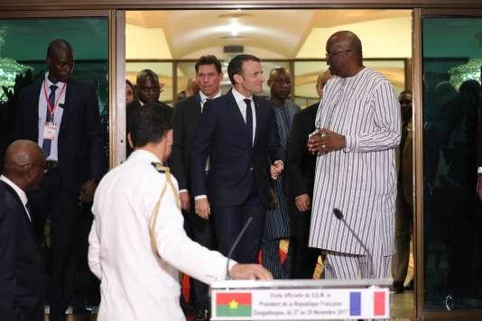 «La langue est un vecteur d'influence et de diplomatie multilatérale que nous ne pouvons plus nous permettre d'ignorer» (Emmanuel Macron avec le président du Burkino Faso Roch Marc Christian Kaboré, le 27 novembre 2017).