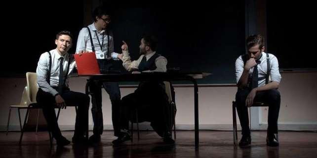 Les cours en ligne de l'école Charles-Dullin se penchent sur la posture du metteur en scène.