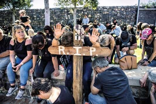 Des fermiers blancs ont manifesté le 30 octobre au Cap pour dénoncer une vaguede meurtres qui frapperaient leur communauté.