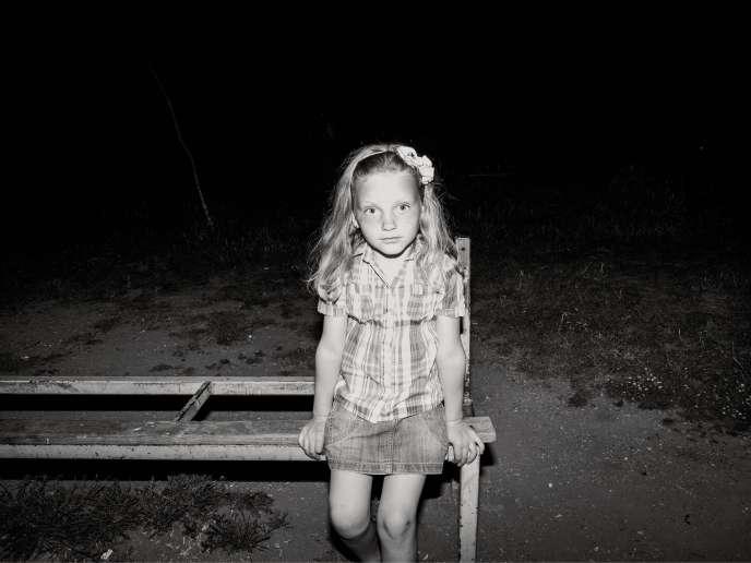 Une petite fille, dans le nord de l'Albanie. Mai 2015.