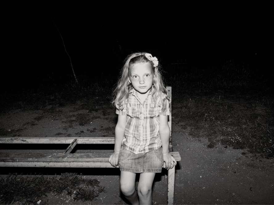 Une petite fille, dans le nord de l'Albanie. Mai2015.