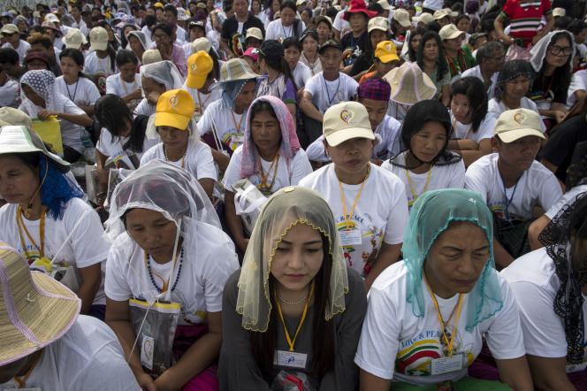 Pendant la dictature (1962-2011), beaucoup de minorités ethniques auxquelles appartiennent les catholiques ont subi la répression du pouvoir central.