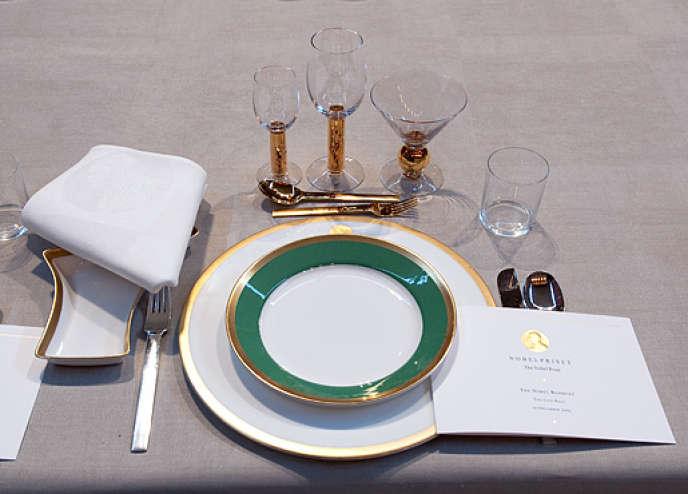 La maison Rörstrandt a créé de la vaisselle pour le 90e anniversaire du prix Nobel.