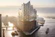Œuvre des architectes Herzog & de Meuron, la Philharmonie se dresse sur l'Elbe en direction de la mer. Cooper Copter GmbH