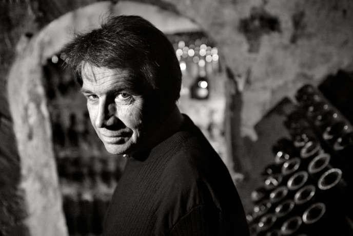 Le chef de cave Michel Fauconnet, en 2011,dans les caves de Laurent-Perrier à Tours-sur-Marne.