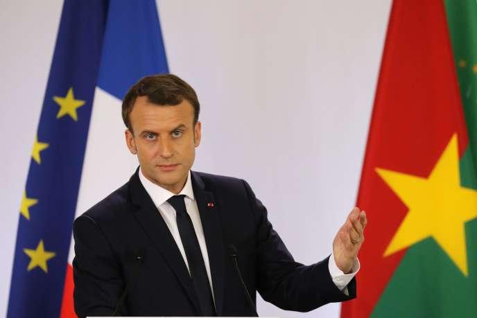 Emmanuel Macron lors de son discours à l'université de Ouagadougou, le 28 novembre.