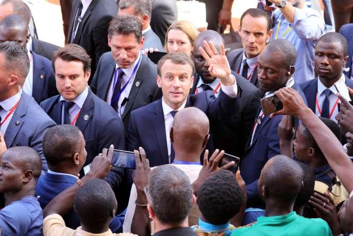 Emmanuel Macron à Ouagadougou, le 28 novembre 2017.
