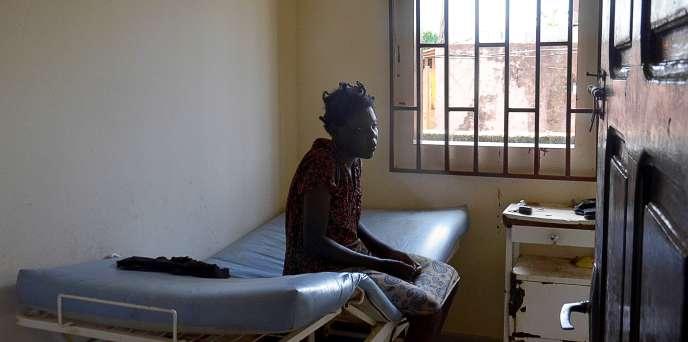 Dans l'unique hôpital psychiatrique du Gabon, à Melen, en mai 2016.