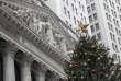 Le siège de la Bourse américaine, à New York, le 30 novembre, jour où le Dow Jones a dépassé le seuil des 24 000 points.
