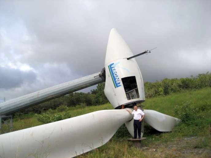 Marc Vergnet, fondateur des éoliennes Vergnet, en avril 2008, à Sainte-Suzanne, à La Réunion.