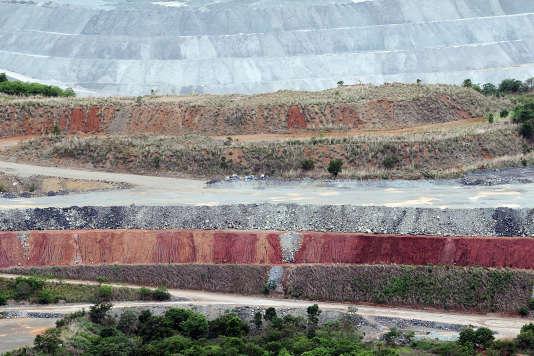 La mine d'amiante de Minaçu, au Brésil, en 2012.