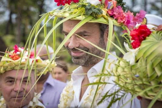 Edouard Philippe en visite sur l'îlede Lifou, en Nouvelle-Calédonie, dimanche 3 décembre.