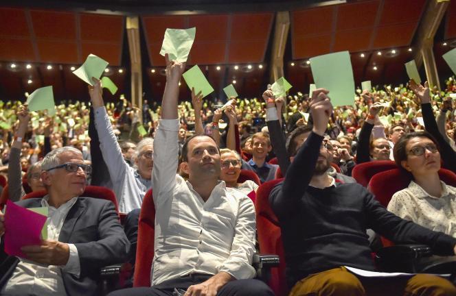 Vote de la charte du mouvement Génération.s, le 2 novembre.