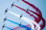 «L'Armée de Terre et de l'Air figurent dans les dix premières places du palmarès des marques employeurs les plus attractives aux yeux des bac +2/3, établi lors de l'enquête réalisée par Universum. Le contrecoup, sans doute, des attentats sur le sol français et des récentes campagnes de recrutement de l'armée. »