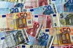 Des billets de 5, 10, 20 et 50 euros.