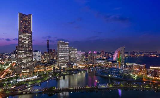 Quartier portuaire ultra-moderne de Minato Mirai à Yokohama, près de Tokyo, où est installé le siège mondial de Nissan. C'est ici que va être réalisé le premier test en condition réelle des robot-taxis.