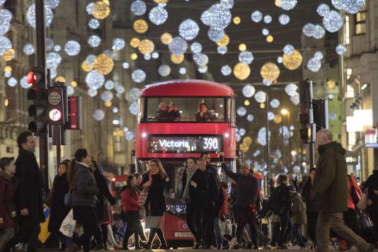 Le Royaume-Uni est la destination la plus fréquemment envisagée par les parents français favorables à ce que leurs enfants partent étudier à l'étranger. AFP / Justin TALLIS