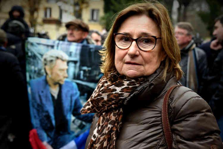 Mireille Valetteest venue de Paris ce matin pour rendre hommage à son «héros». «C'était important pour moi d'être là pour lui rendre un dernier hommage. De toute façon, je ne pouvais rien faire d'autre aujourd'hui. »