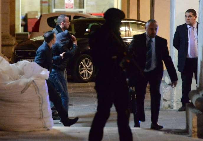 L'arrivée des suspects au tribunal de La Valette, mercredi 6 décembre.