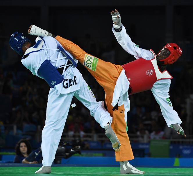 L'Ivoirien Cheick Cissé (à droite) est devenu l'an passé, à Rio, le premier champion olympique de l'histoire de son pays.
