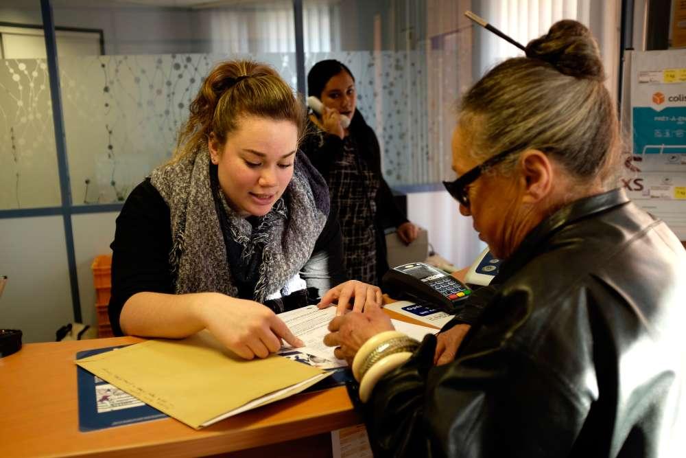 En plus de s'occuper des adhérents d'Ecosyst'm, Laëtitia Rondel et Marine Jaspart, les deux animatrices de la MSAP, informent et accompagnent les usagers dans leurs démarches de la vie quotidienne.