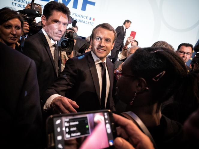 Emmanuel Macron, au Parc des expositions de la Porte de Versailles à Paris le 23 novembre.